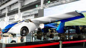 Masina zburatoare prezentata la Monaco